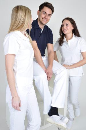 Bsp. Arbeitskleidung für Praxen